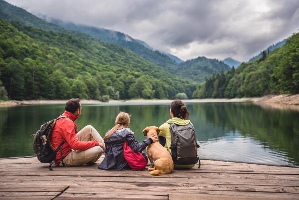 Wandern im Familienurlaub mit Hund urlaub-in-den-bergen-mit-hund