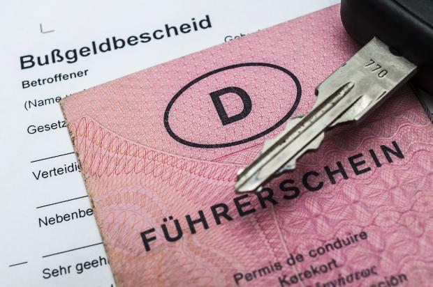 Führerschein und Bußgeldbescheid