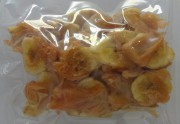 Bananenchips mit Hähnchen